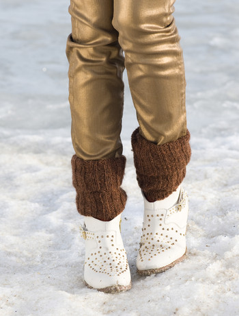 Bonnie Doon Soft & Shiny Leg Warmers dark brown